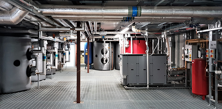 Micro-CHP (Combined Heat and Power) in urban commercial building projects.